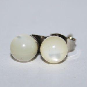 Vintage mother of pearl stud earrings